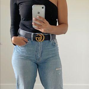 Black leather belt GG